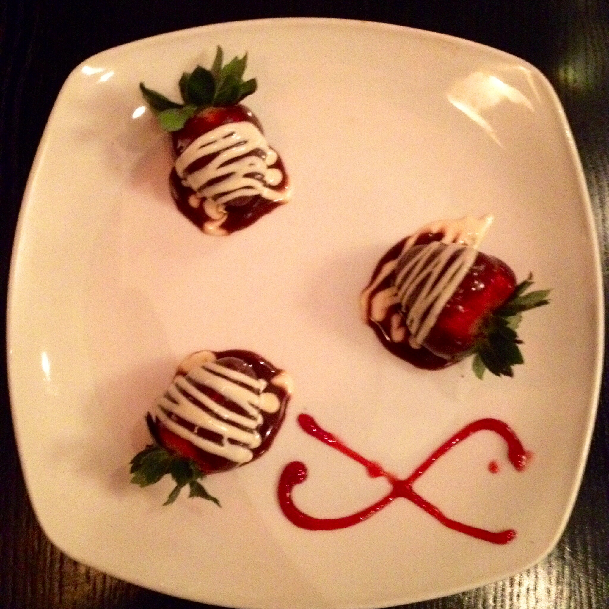 Loving XO - Chocolate Covered Strawberries