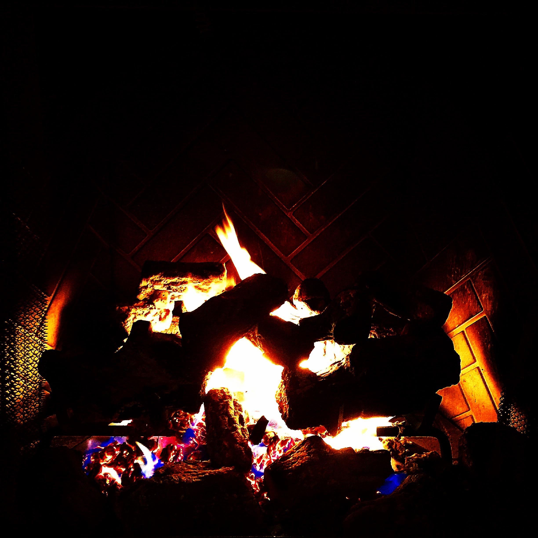 Cozy Fire at Honu