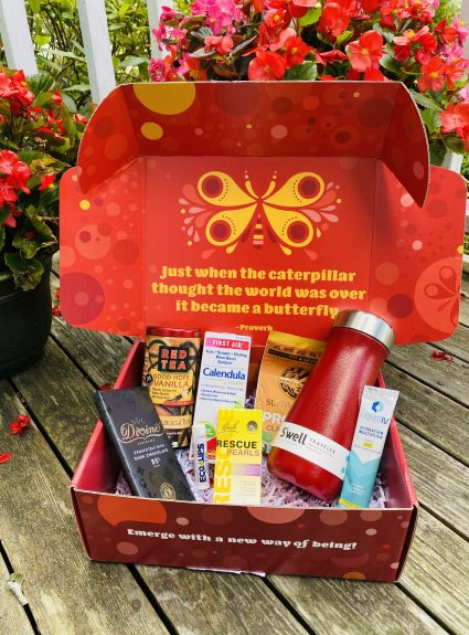 How 3 Curated Boxes from Viver Joy Can Help Cancer Patients Thrive